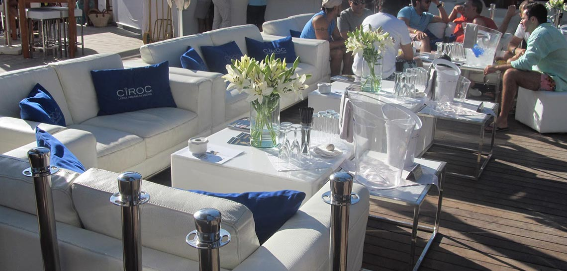 Blue Marlin private table